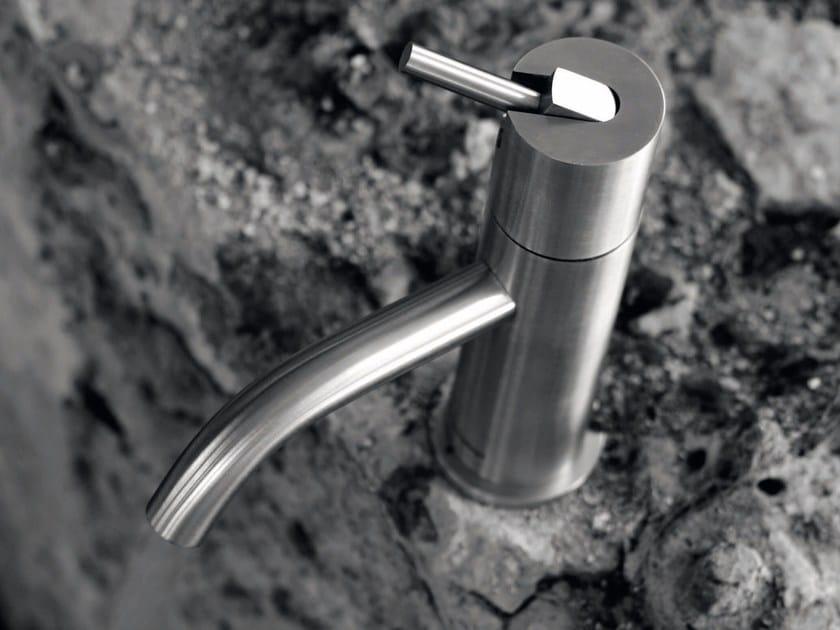 Miscelatore per lavabo da piano monocomando in acciaio inox AYATI | Miscelatore per lavabo da piano by Antonio Lupi Design