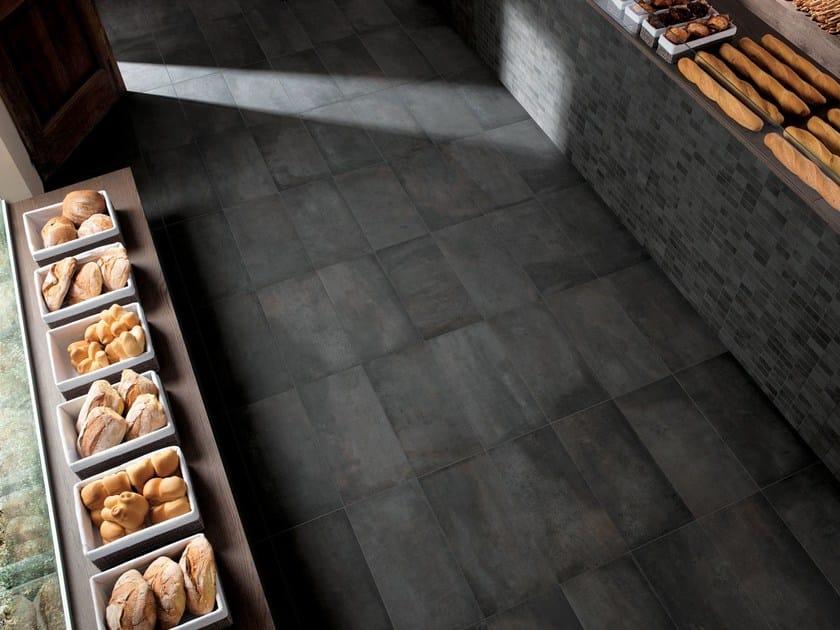 Wall/floor tiles with concrete effect AZIMUT FONCÉ by NOVOCERAM