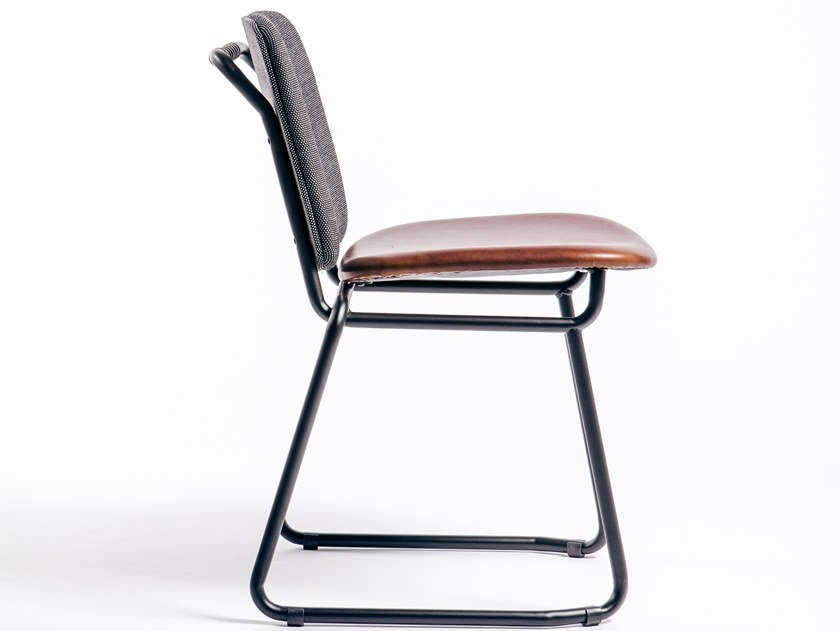 Leather chair with integrated cushion BABYLONE 04 by Manganèse Éditions