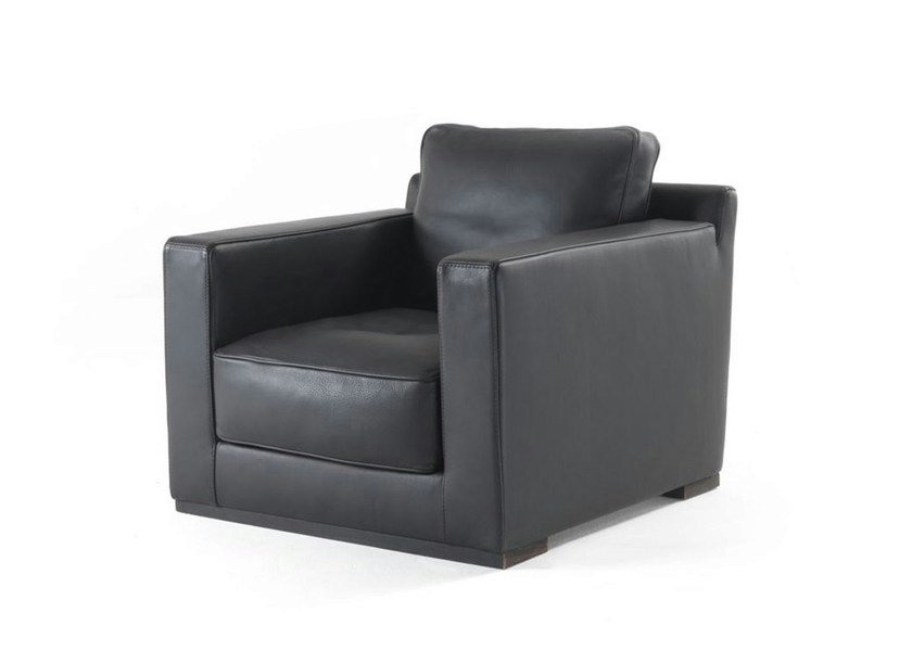 Upholstered armchair with armrests BAKER JUNIOR by Frigerio Salotti