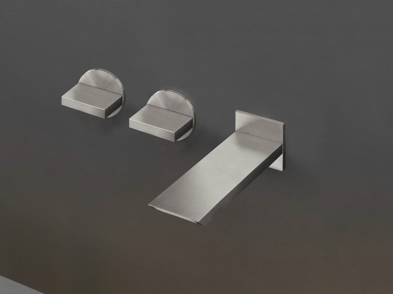 Wall mounted set of 2 individual taps with spout BAR 24 by Ceadesign