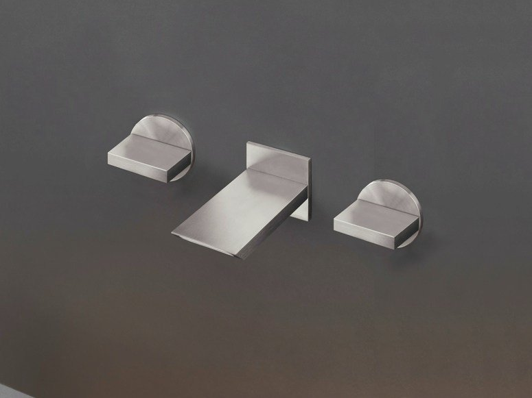 Wall mounted set of 2 individual taps with spout BAR 25 by Ceadesign