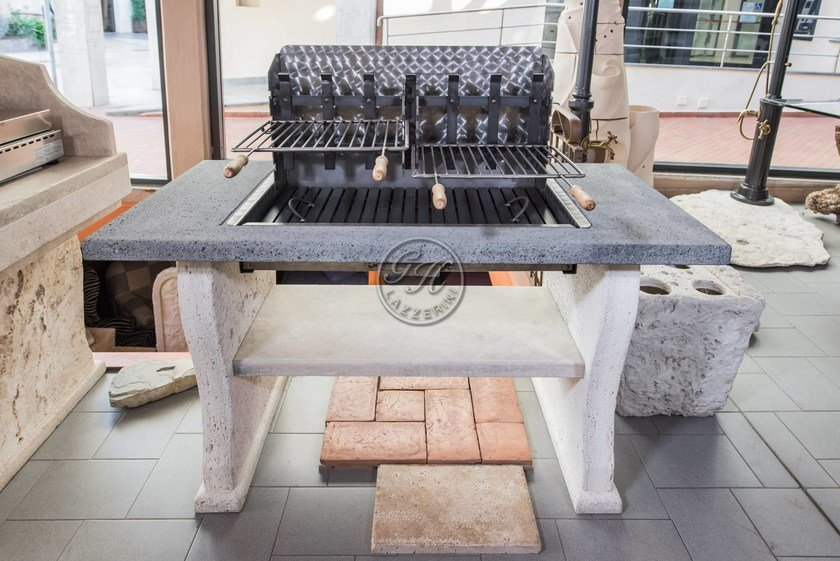 Barbecue a carbonella in pietra naturale Barbecue 19 by GH LAZZERINI