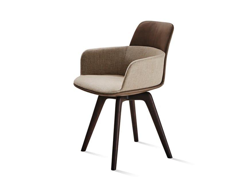 Sedia imbottita con braccioli BARBICAN | Sedia con braccioli by Molteni&C
