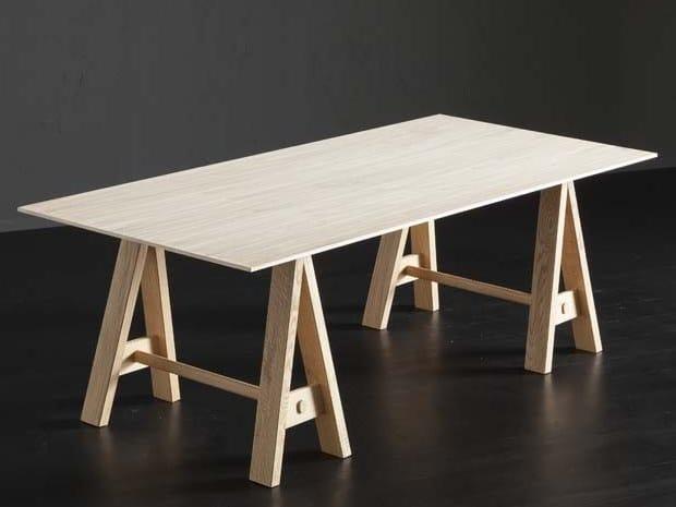 Rectangular oak dining table BARCELLONA + HORSE by AltaCorte