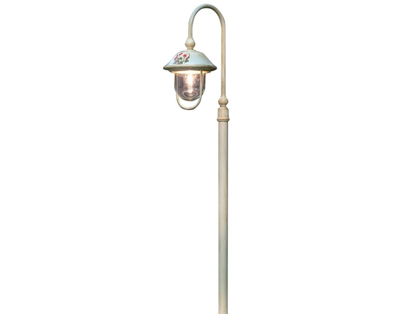 Bari Lantern Garden Lamp Post