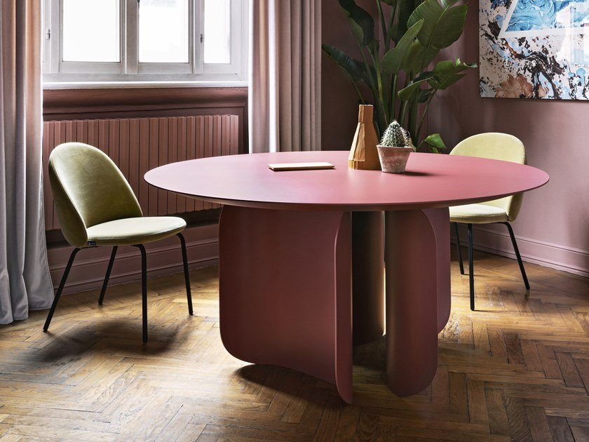 Lacquered round table BARRY | Round table by Miniforms