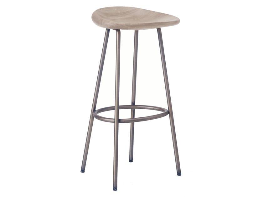 Steel and wood bar stool PEBBLE | Bar Stool by BassamFellows