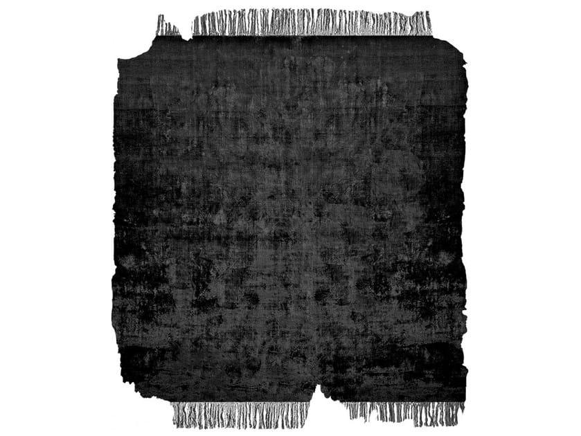 Handmade rug BARTAURE NIGHT FROZEN CUT by HENZEL STUDIO