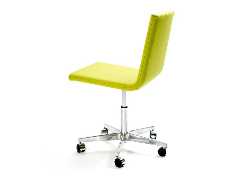 Height-adjustable swivel task chair with 5-Spoke base BASSO S MEETING by Inno