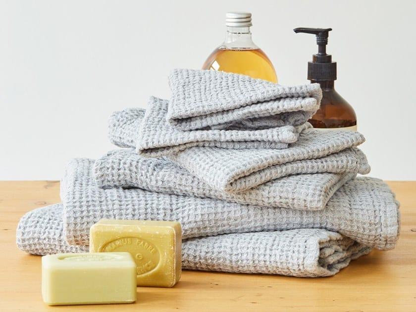 Linen waffle towel LIGHT GREY | Bath Towel by Linen Tales