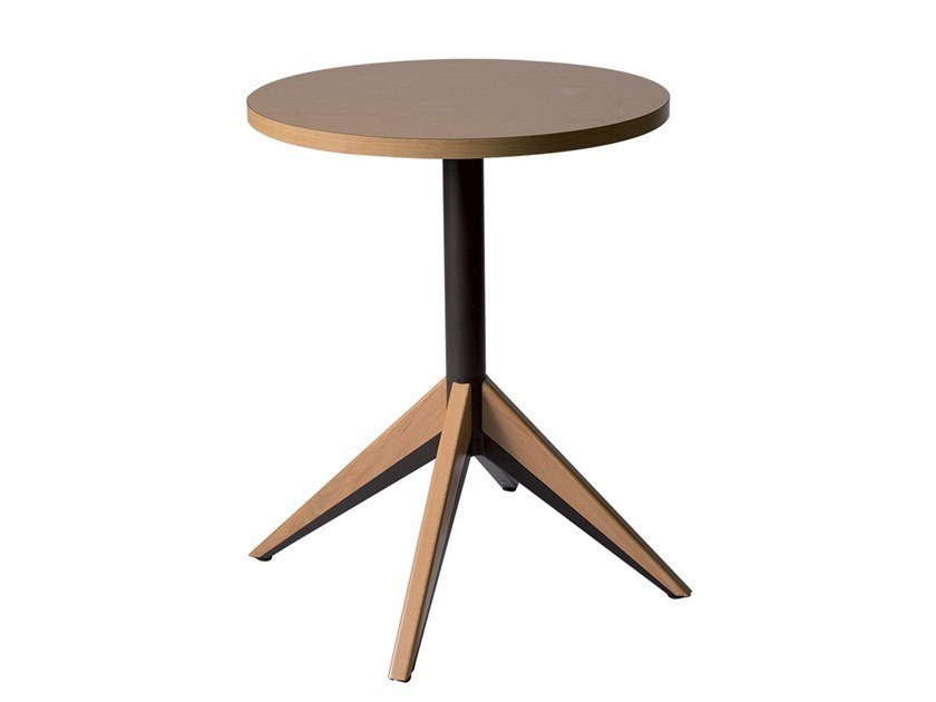 Round wooden contract table with 4-star base BATTLE | Wooden table by Vela Arredamenti