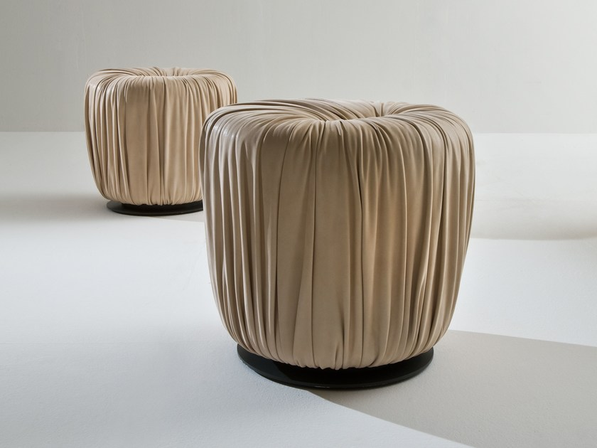 Round leather pouf BD71 by Laurameroni