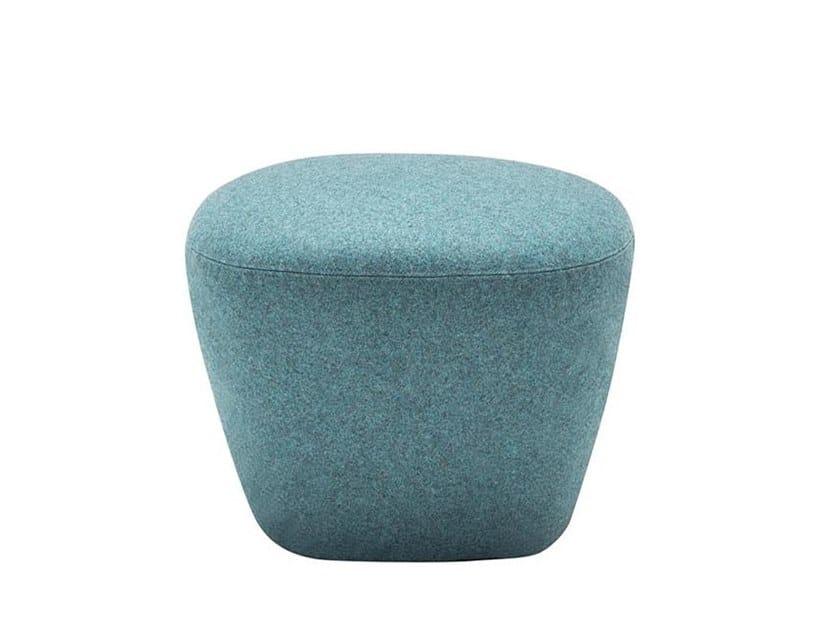 Pouf imbottito quadrato in tessuto BEAT RS0211 by Andreu World