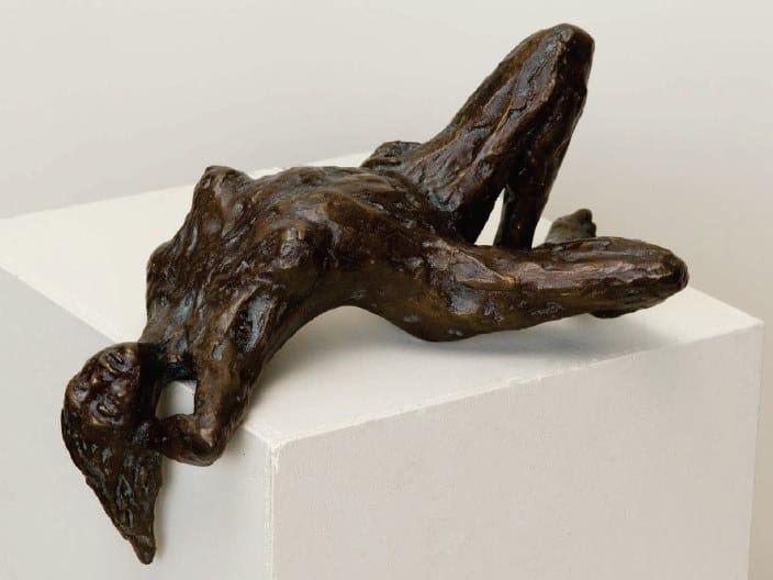 Bronze sculpture BEAU by Gardeco