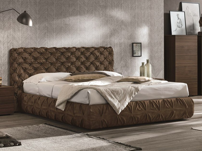 Leather double bed with tufted headboard CHANTAL | Bed with tufted headboard by Gruppo Tomasella