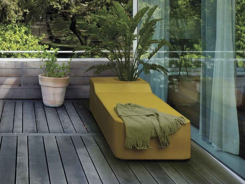 Coated foam bench EASY | Bench by Stratta