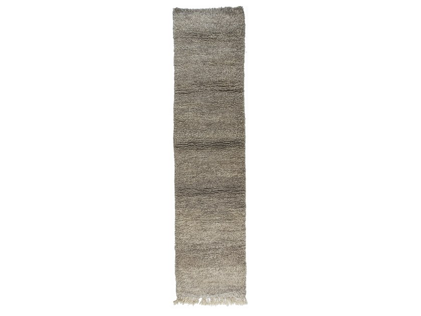 Long pile solid-color rectangular wool rug BENI OURAIN TAA1168BE by AFOLKI