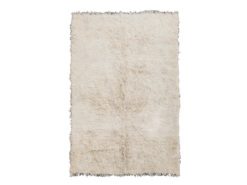 Long pile solid-color rectangular wool rug BENI OURAIN TAA385BE by AFOLKI