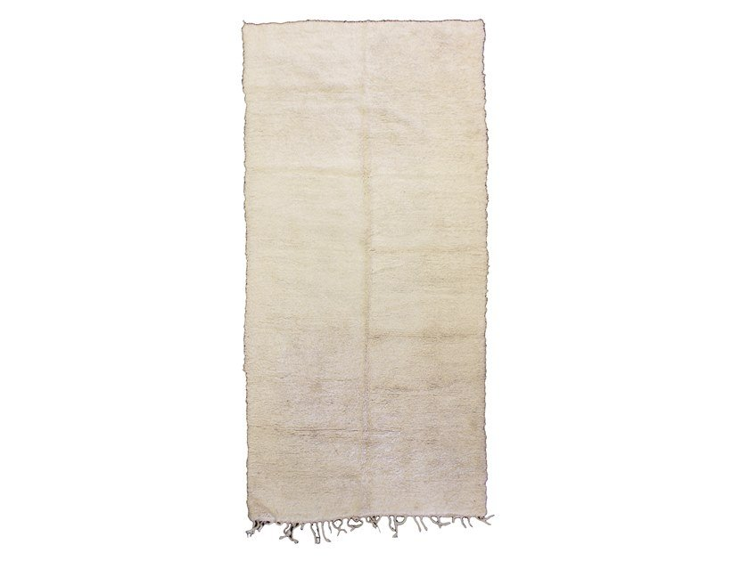 Long pile solid-color rectangular wool rug BENI OURAIN TAA893BE by AFOLKI