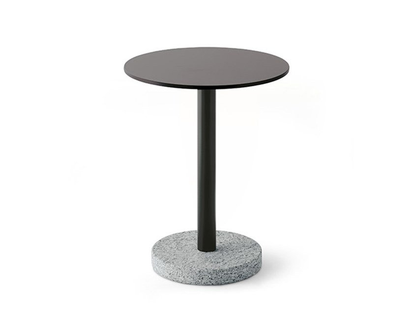Round steel garden side table BERNARDO | Round coffee table by RODA