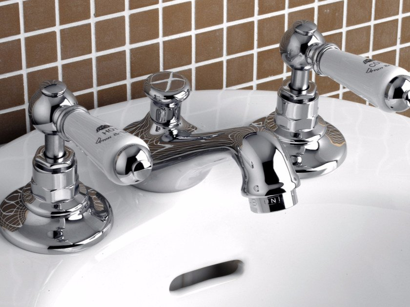 3 hole countertop bidet tap DANDY | Bidet tap by Devon&Devon