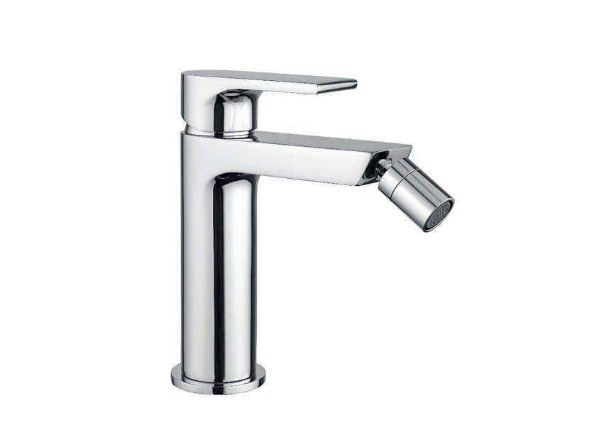 Single handle bidet tap with swivel spout Bidet tap Bathroom taps ...