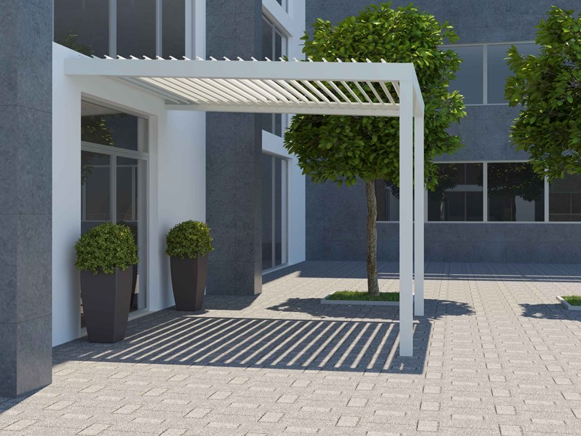 Wall-mounted pergola with adjustable louvers BIOROLL | Wall-mounted pergola by Frigerio Living