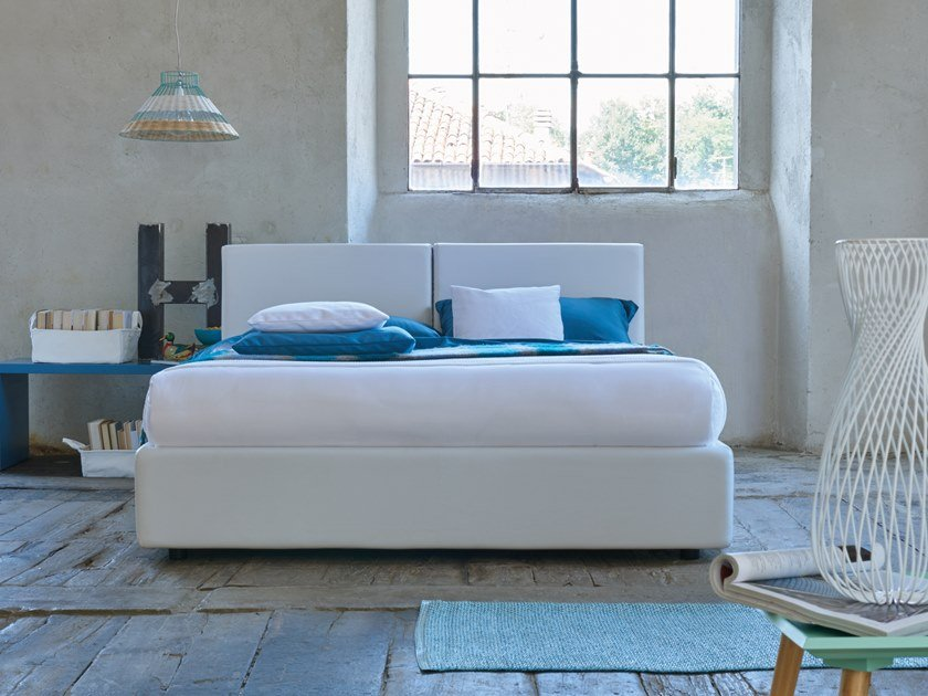 Upholstered double bed BLOGGER by Dorelan