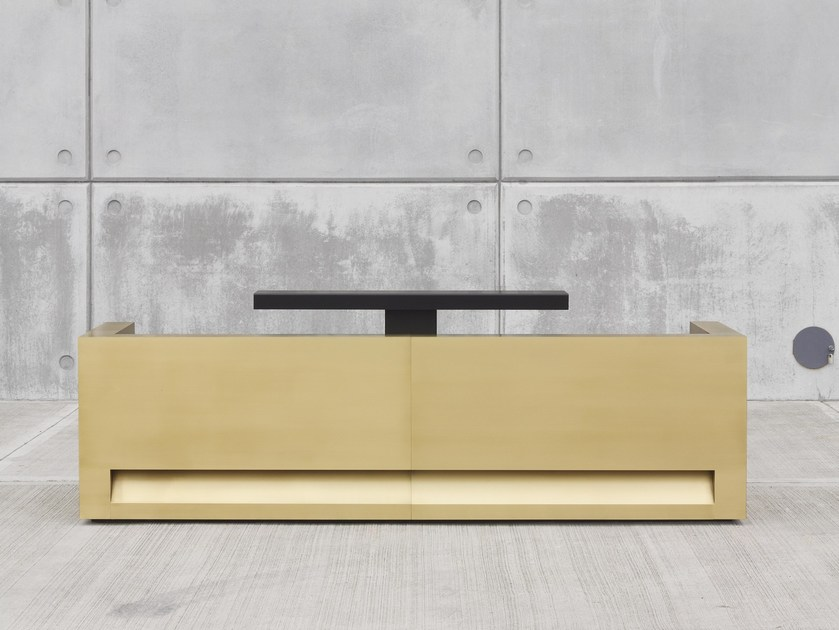Modular brass Reception desk BLOK | Brass Reception desk by Isomi