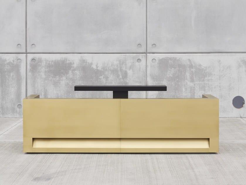 BLOK | Banco reception in ottone