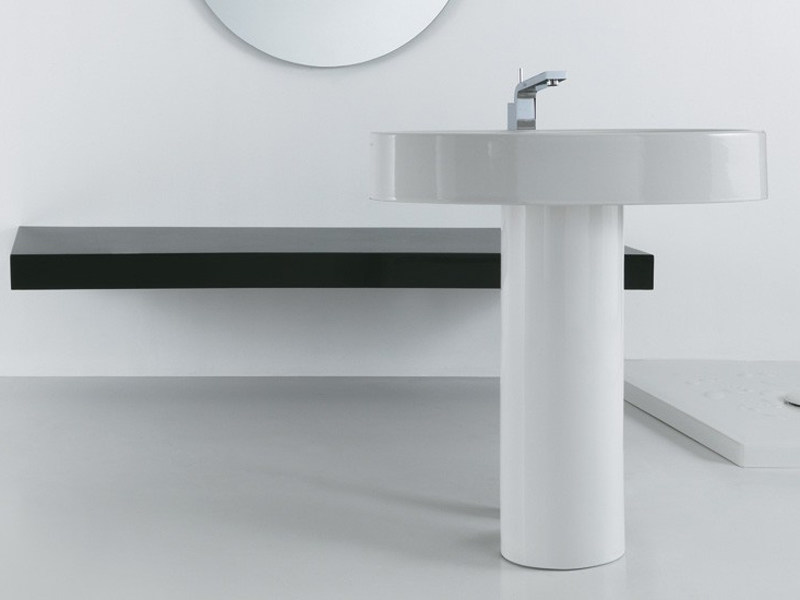 Freestanding pedestal ceramic washbasin BOING | Freestanding washbasin by GSG Ceramic Design