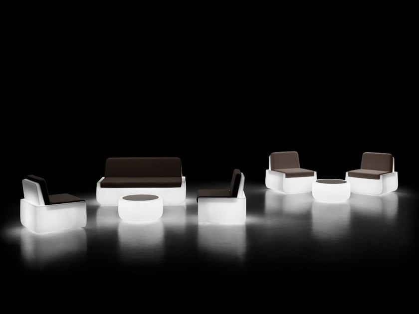 Round Garden Side Table With Light BOLD | Coffee Table With Light By Plust