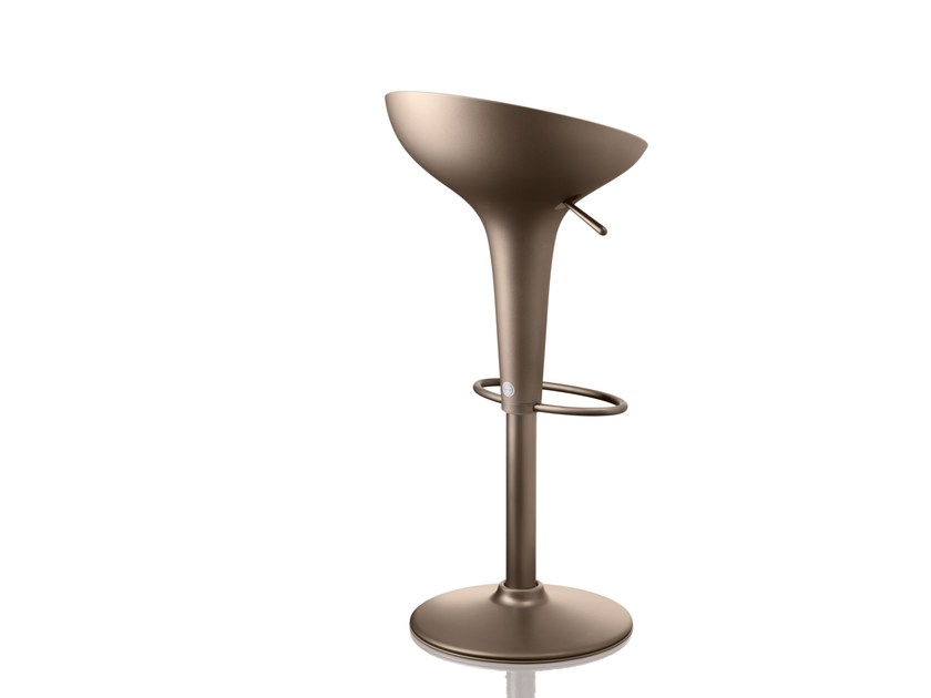 Chrome plated steel stool with gas lift BOMBO | The Original by Magis