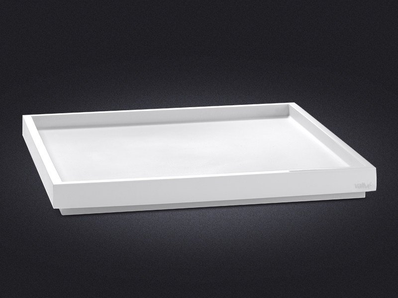 Square resin tray BORDA | Resin tray by Vallvé