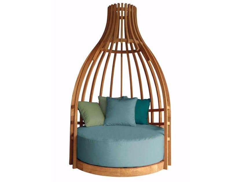 Round teak garden sofa BOTTLE LOUNGE by MOBIKA GARDEN