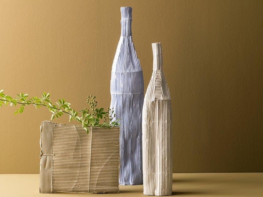 Ceramic bottle OLTRE L'APPARENZA | Bottle by Paola Paronetto