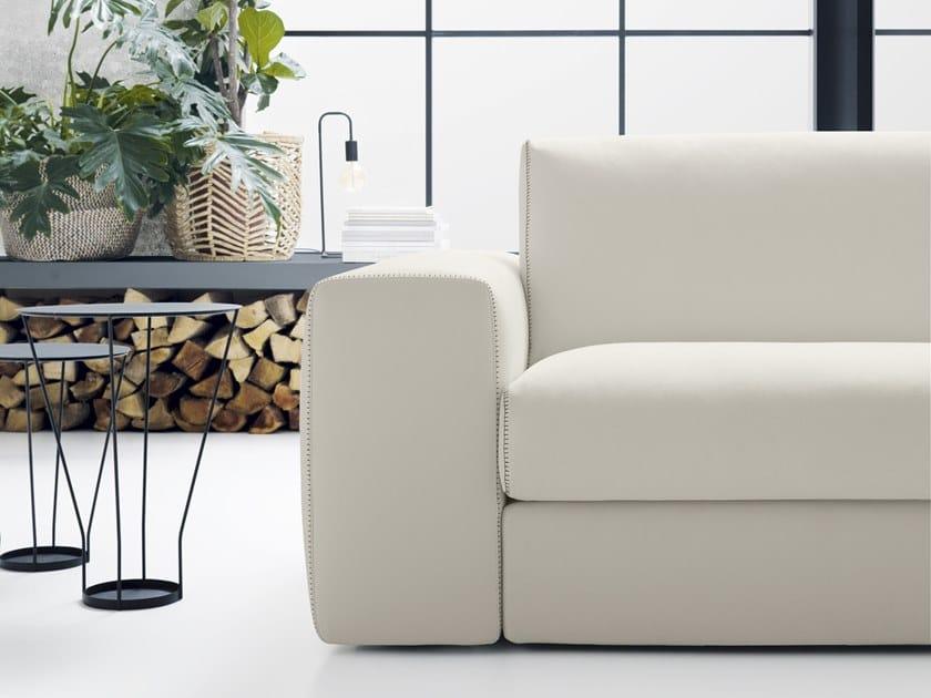 Divano 4 Posti Moderno.Divano Imbottito In Tessuto In Stile Moderno A 4 Posti Con Chaise