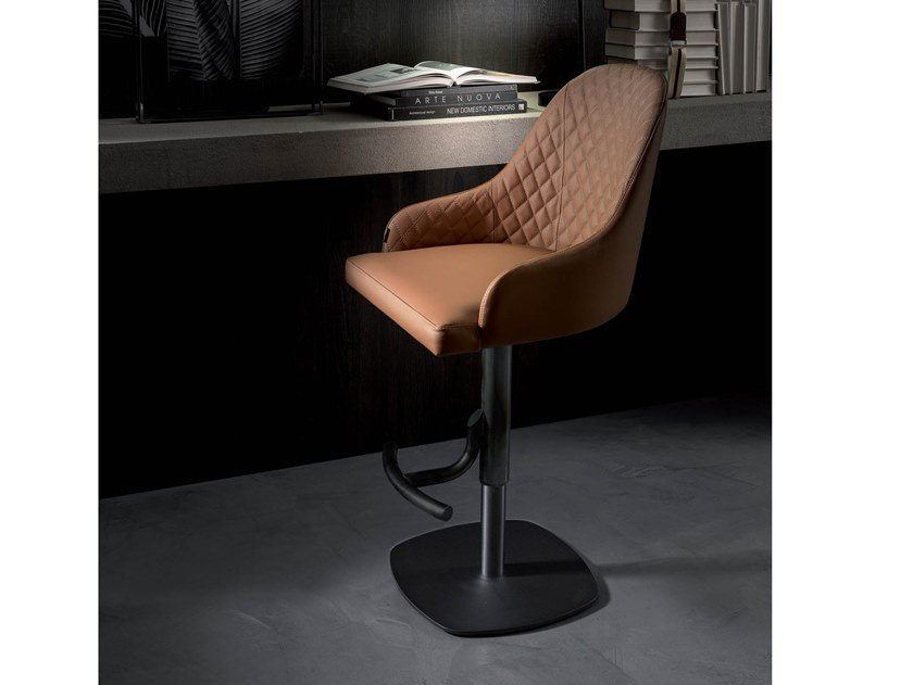Upholstered leather stool with gas lift BRANDO by Ozzio Italia