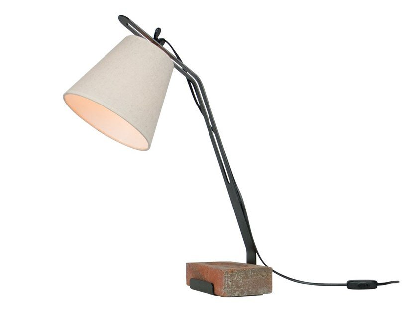 Metal table lamp with fixed arm BRISTOL by LUZ EVA