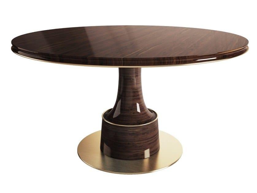 Round wood veneer dining table BUCK by Porustudio