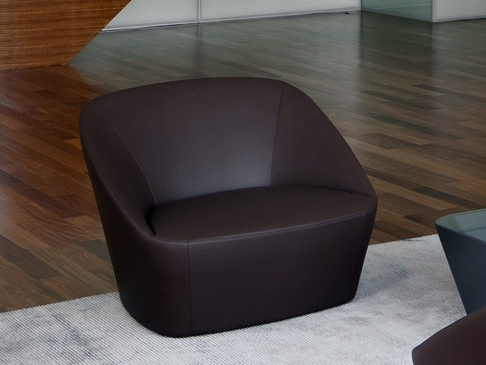 Fabric easy chair BUCKET by spHaus