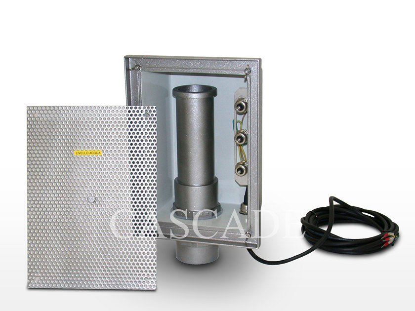 Accessory for fountain Built-in overflow pipe with water level by CASCADE