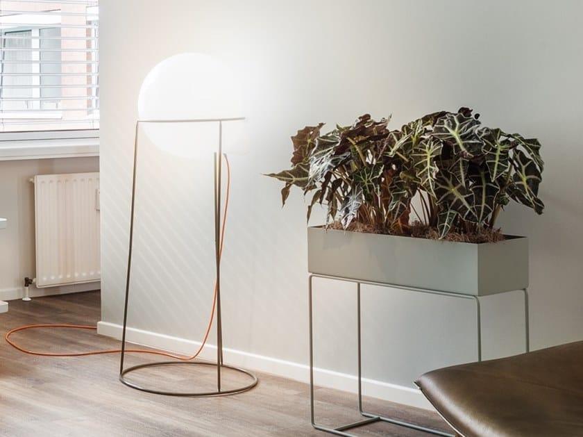 Lampada da terra per esterno a LED in polietilene BUOY | Lampada da terra per esterno by Väliala