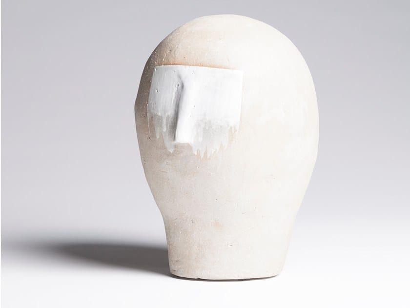Soprammobile / scultura in gres porcellanato smaltato BUST 02 by Pascale Girardin