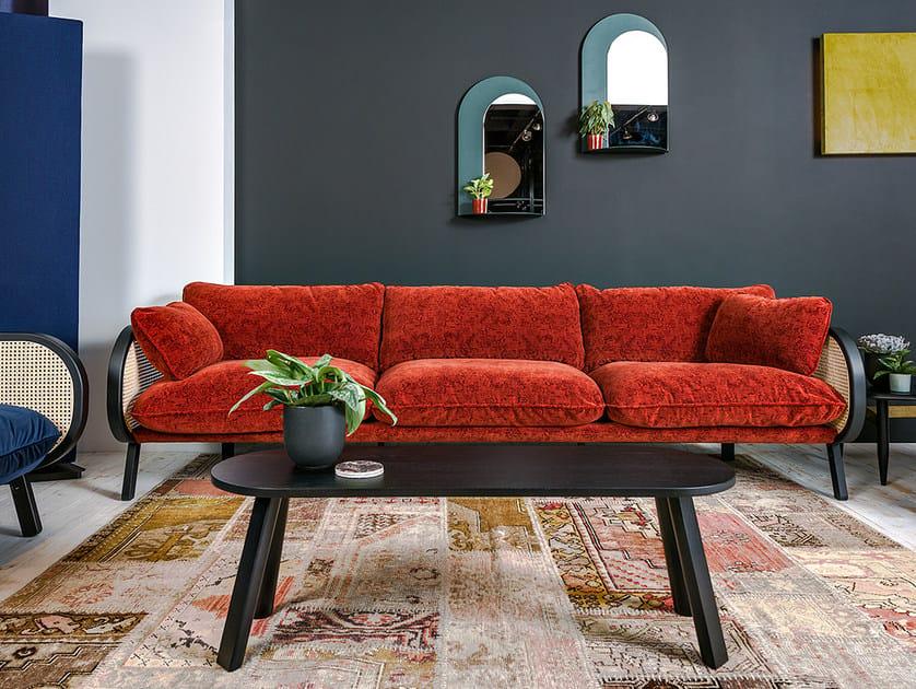 3 seater velvet sofa BUZZICANE | Velvet sofa by BuzziSpace