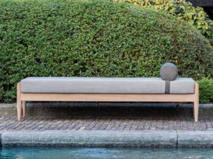 Solid wood garden daybed BUZZINORDIC ST900 | Garden daybed by BuzziSpace