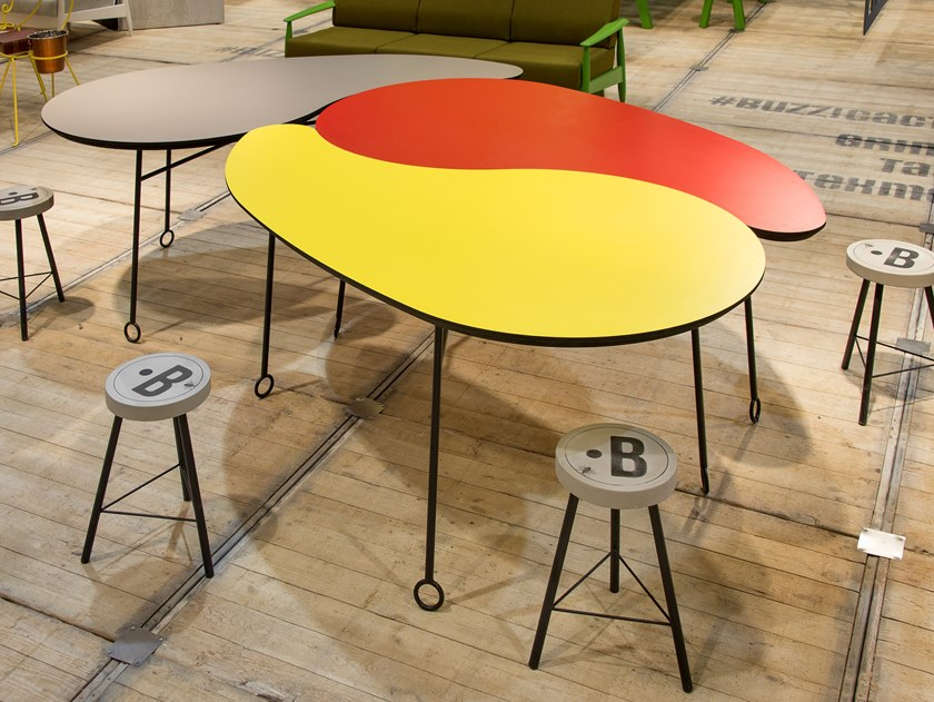 Table BuzziVirgule by BuzziSpace