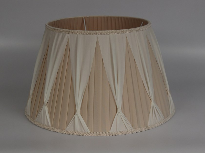 Pleated fabric lampshade C012 | Lampshade by Ipsilon PARALUMI