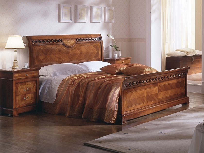 Cherry wood double bed CA' DOLFIN | Bed by MOLETTA